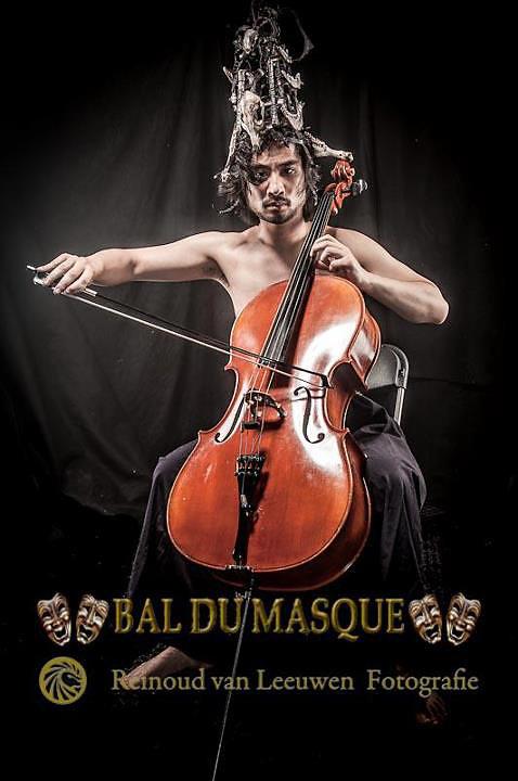 Photo by Reinoud van Leeuwen, for ball du masque